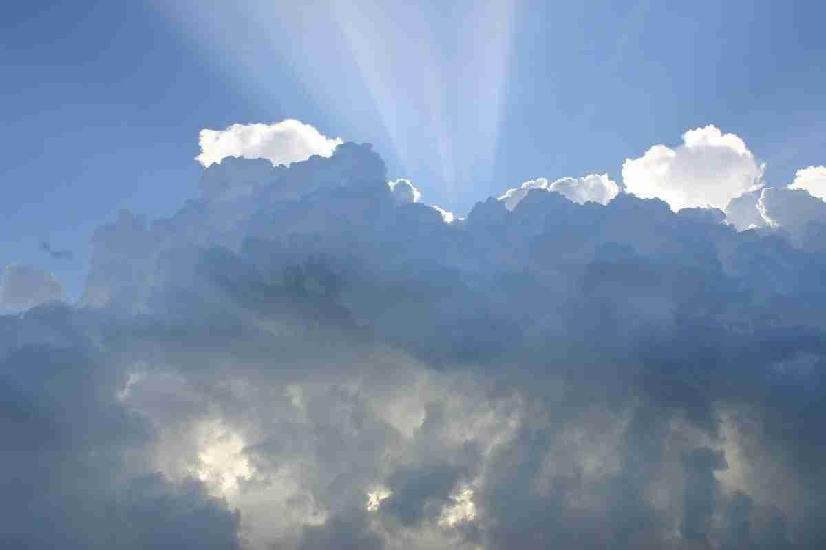 wolken_lichtval.pixabay