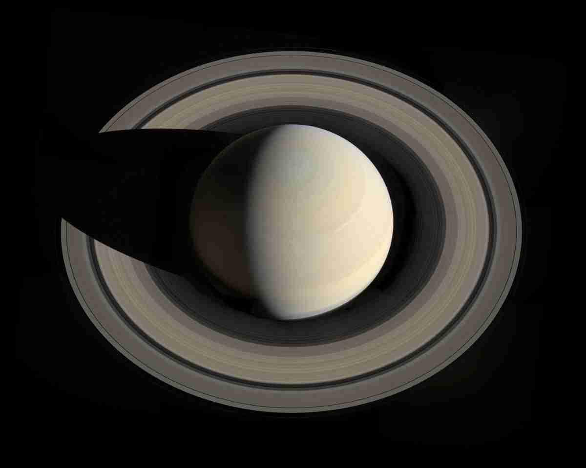 Saturn_rings.nasa