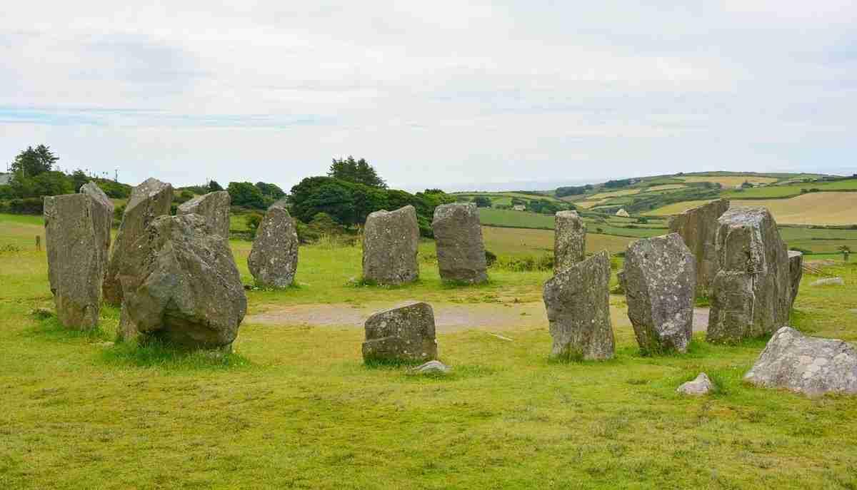 stone-circle-1477834_1280