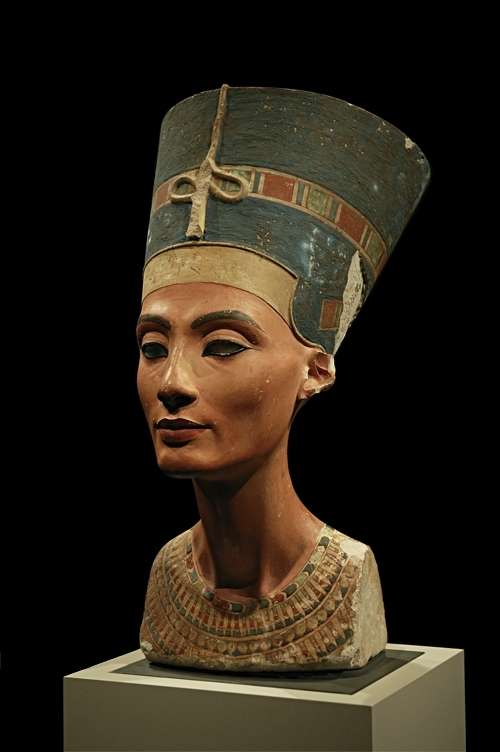 Nefertiti_30-01-2006.wikipedia