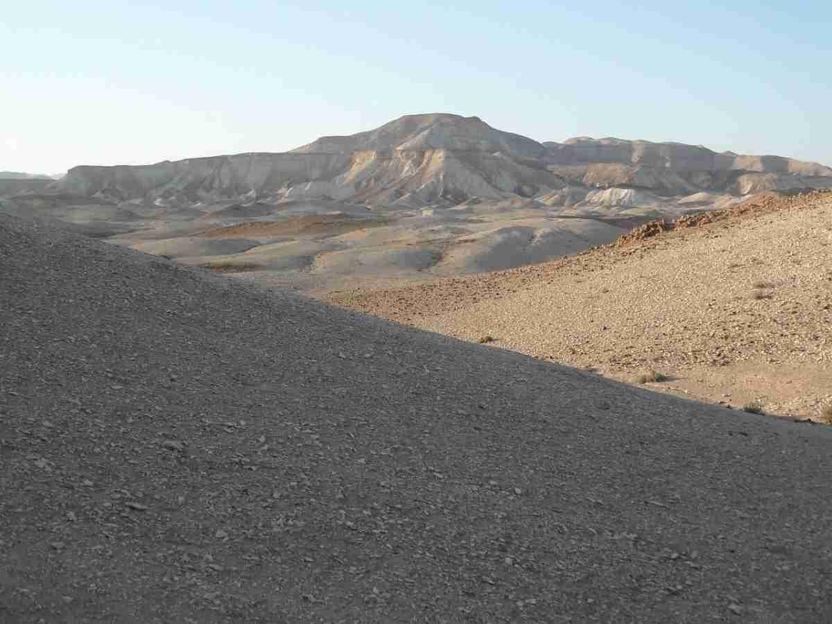 desert-139870_1280