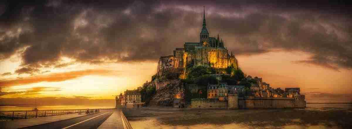mont_st-_michel-kerk-pixabay-com
