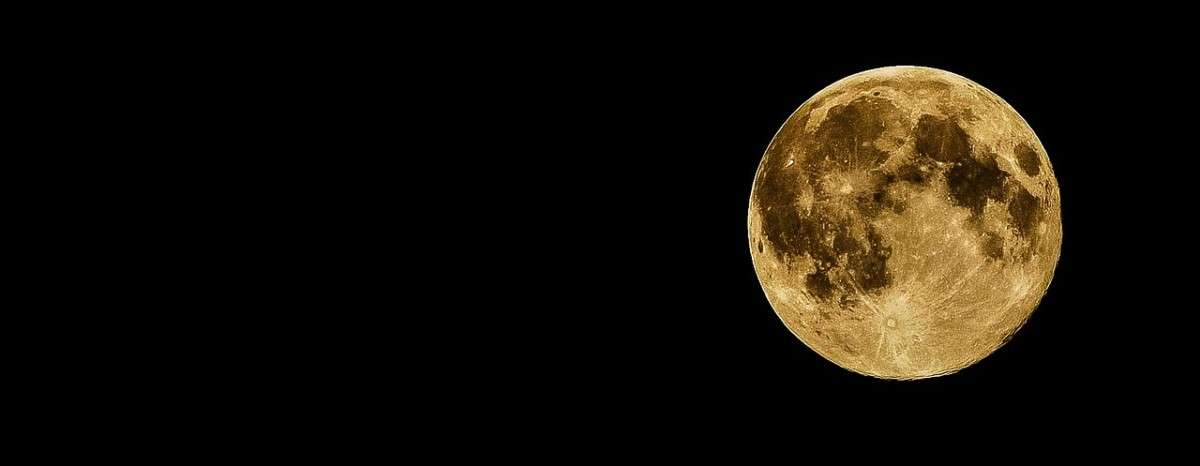 full-moon-415501_1280-pixabay