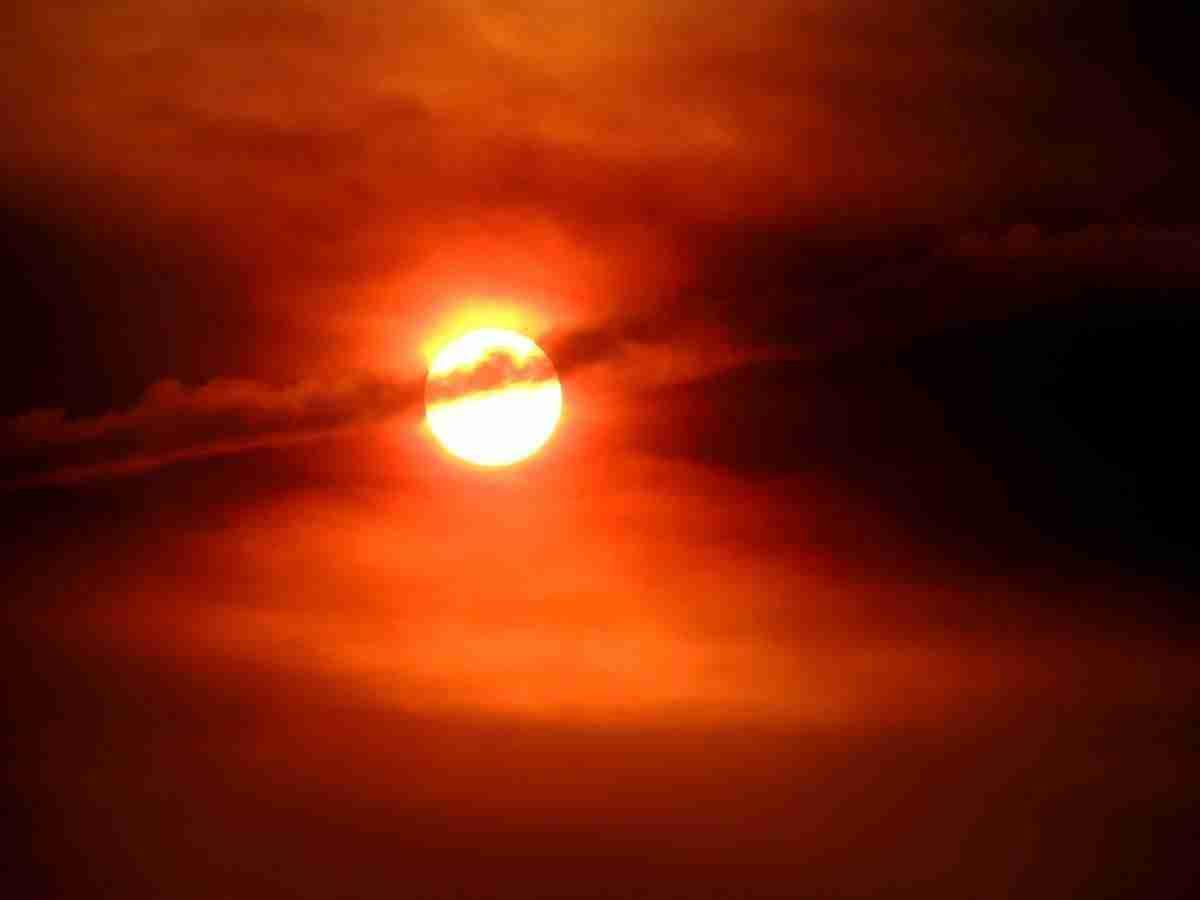 zon_wolken_oranje-pixabay