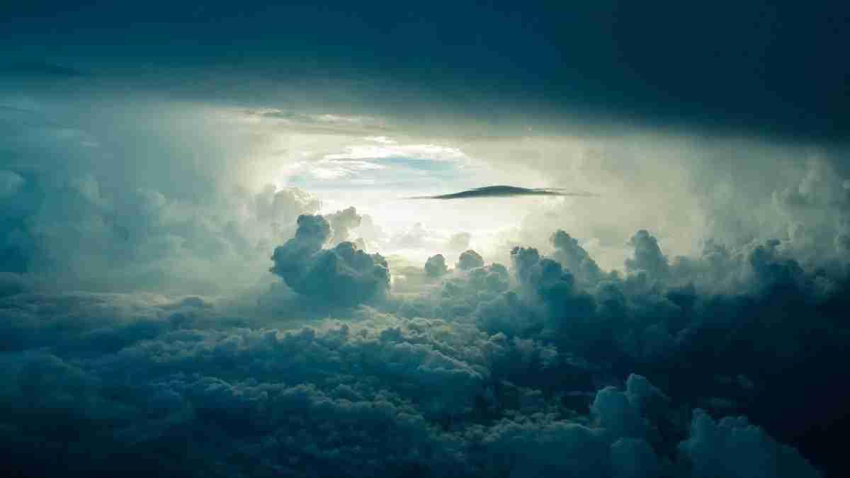lucht_wolken_zonlicht.pixabay