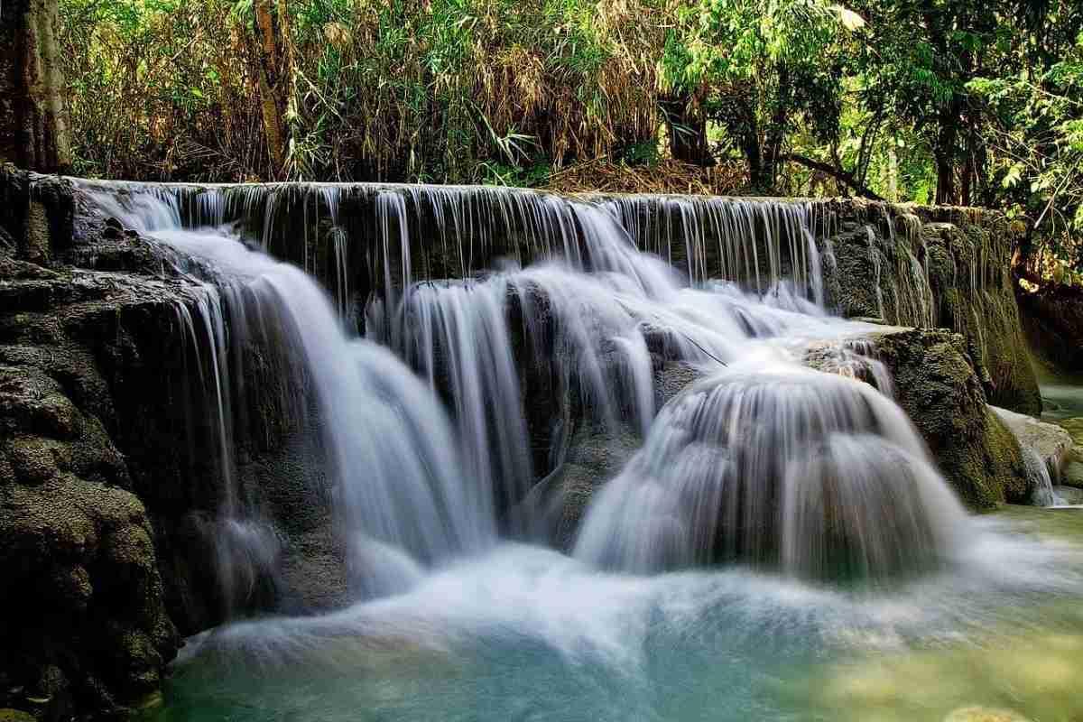 kuang_si_falls.pixabay