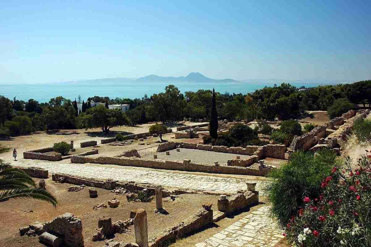 1200px-Tunisie_Carthage_Ruines_08.wikipediajpg